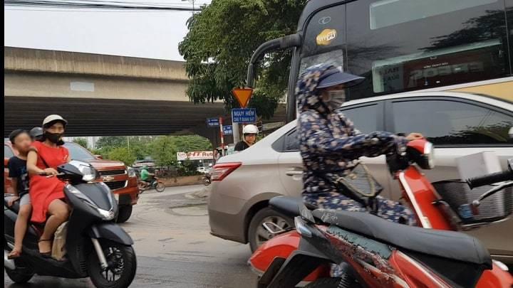 Không khí Hà Nội ô nhiễm nghiêm trọng: Tổng cục môi trường khuyến cáo trẻ em và phụ nữ có thai không nên ra đường 3