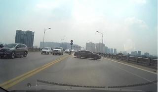 Danh tính nữ tài xế ô tô thản nhiên quay đầu trên cầu Vĩnh Tuy