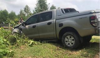 Đi xe máy va chạm với xe bán tải, 2 vợ chồng tử vong thương tâm