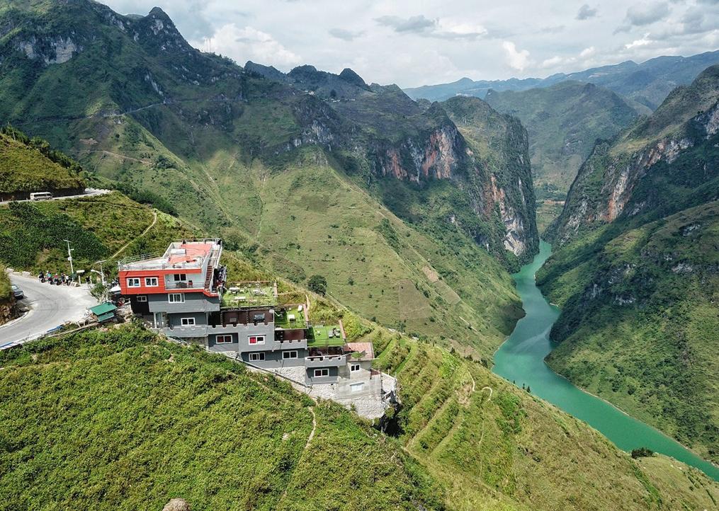 Chủ khách sạn trên đèo Mã Pí Lèng là ai?