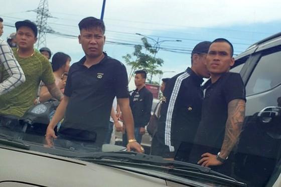 Khởi tố tội trốn thuế với giám đốc gọi giang hồ vây chặn xe công an2