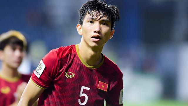 Ai sẽ đá thay vị trí của Đoàn Văn Hậu ở trận gặp Malaysia?