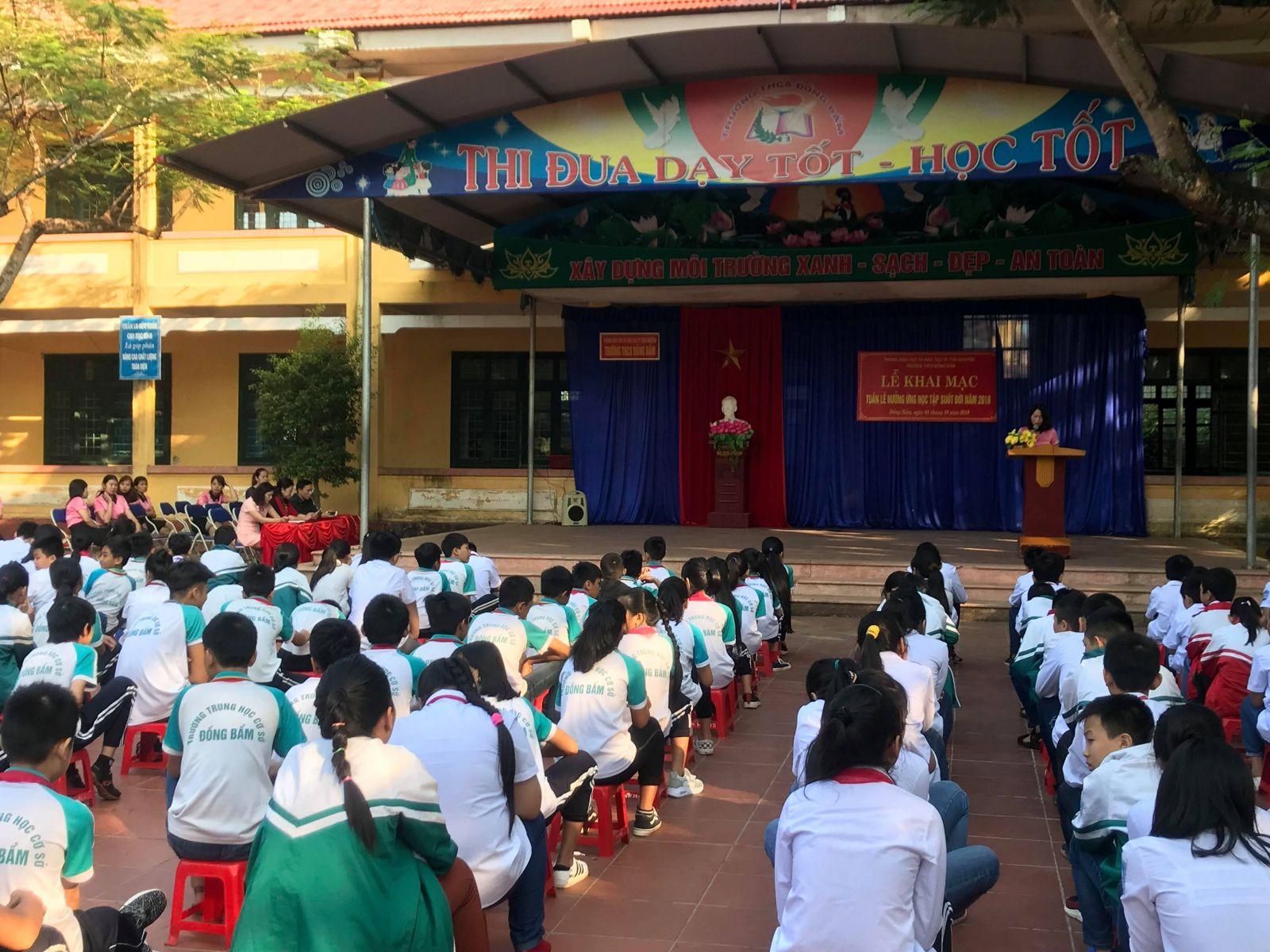 Nữ sinh lớp 6 nghi bị bảo vệ trường xâm hại