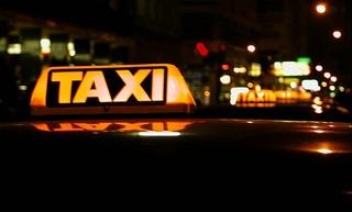 Vị khách lạ khiến lái xe bỏ việc cả ngày để suy nghĩ về đời mình