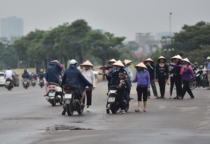 Hàng loạt cò vé bị bắt giữ trước trận Việt Nam – Malaysia