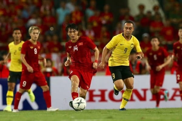 CĐV Malaysia không hề cay cú khi đội nhà để thua trước đội tuyển Việt Nam