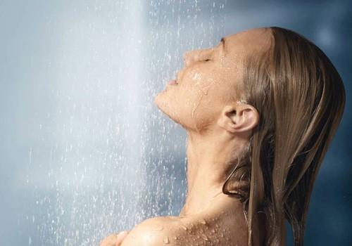 dưỡng ẩm da mặt