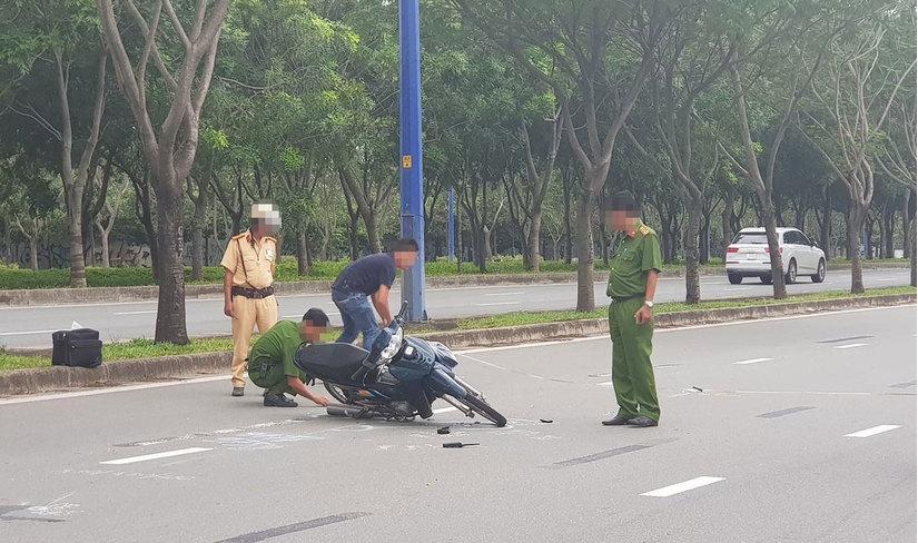 Thanh niên 17 tuổi tông xe vào cảnh sát giao thông