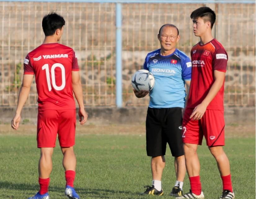 Thầy Park quan tâm đặc biệt tới Công Phượng và nhóm cầu thủ HAGL