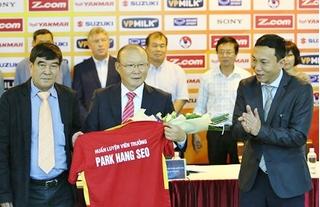 Lộ thời điểm đàm phán gia hạn hợp đồng với HLV Park Hang-seo