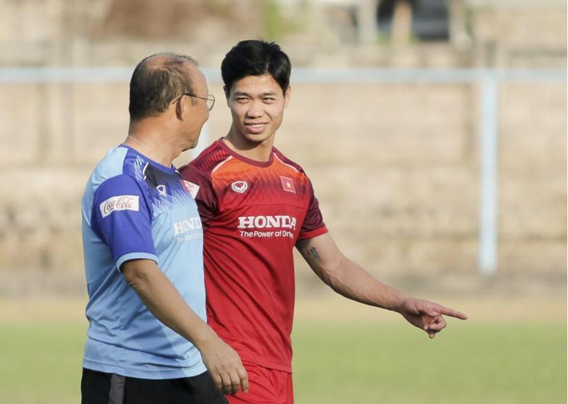 Công Phượng không được ra sân ở trận gặp Indonesia là do gặp chấn thương