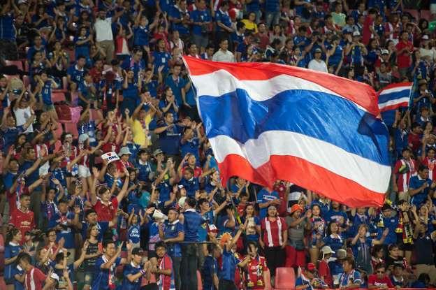 CĐV Thái chê chiến thắng dễ dàng của Việt Nam trước Indonesia