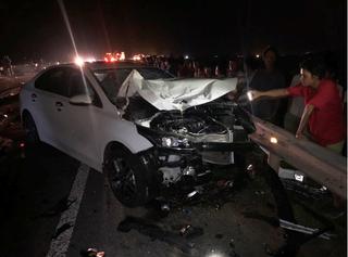 Tài xế ô tô tông xe máy khiến cả gia đình tử vong đã đến công an trình diện