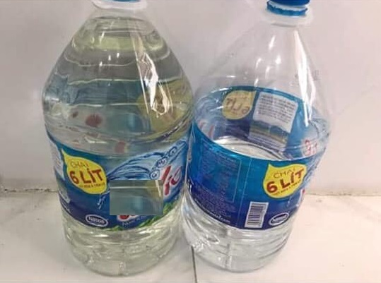 Thiếu nước sạch, người dân Hà Nội khốn đốn lo nước ăn uống từng bữa3