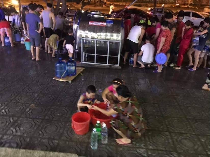 Thiếu nước sạch, người dân Hà Nội khốn đốn lo nước ăn uống từng bữa6
