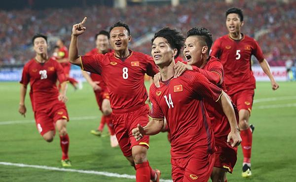 Đội tuyển Việt Nam bất bại ở khu vực ĐNA