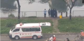 Sự thật về clip nhân viên Bệnh viện Chợ Rẫy đổ chất thải y tế xuống kênh