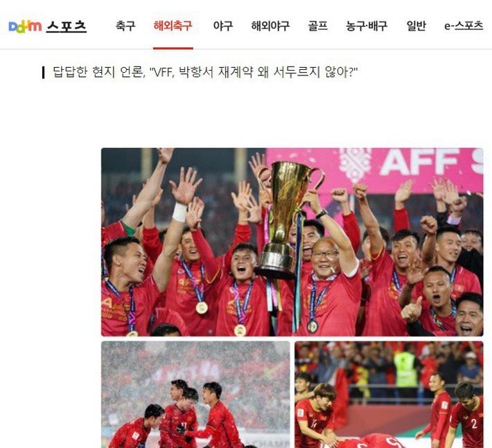 CĐV Hàn Quốc khuyên HLV Park Hang Seo rời Việt Nam