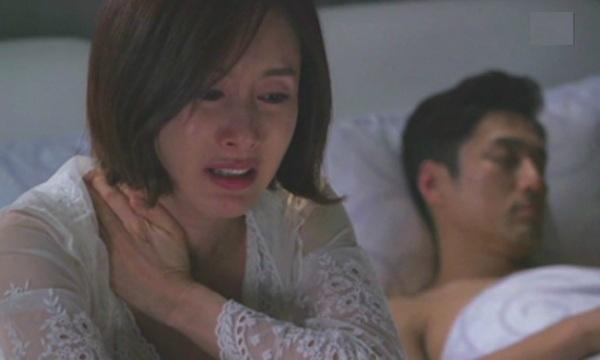 Chồng quỳ gối xin vợ vô sinh đừng ly hôn và câu chuyện gây uất hận2