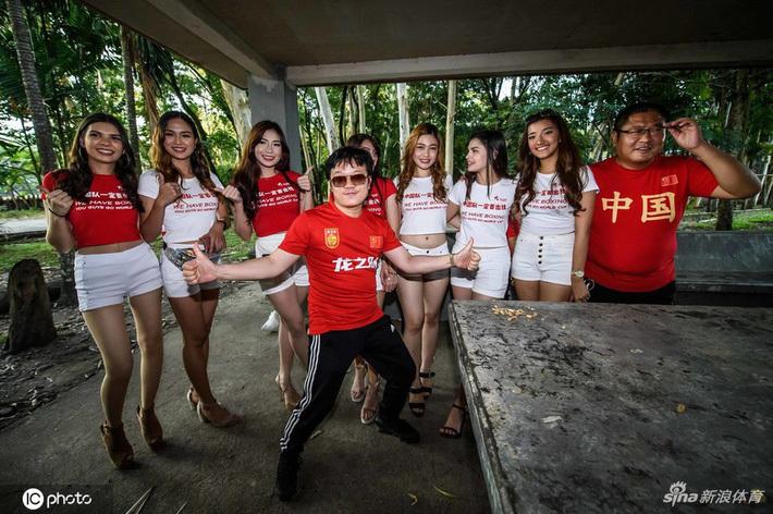 CĐV Trung Quốc đổ lỗi cho dàn chân dài khi đội nhà không thể thắng được Philippines