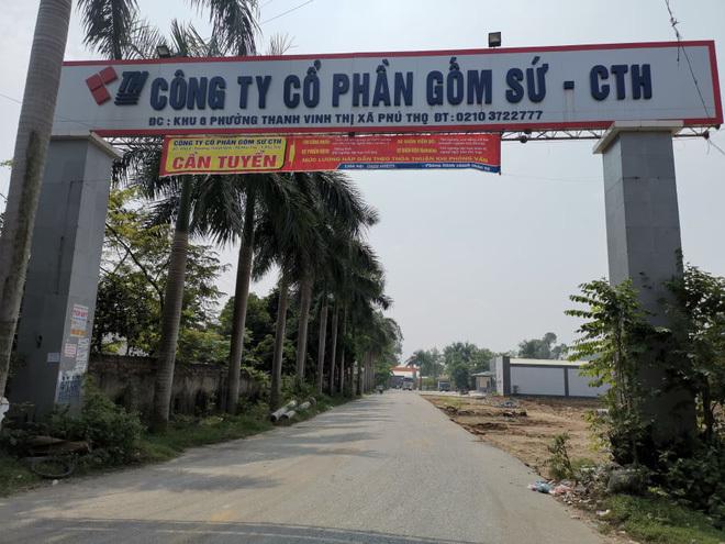 Cận cảnh nơi chứa dầu thải nguy hại của công ty gốm sứ Thanh Hà
