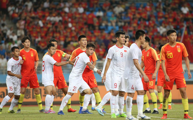 Lời tiên tri cực chuẩn về bóng đá Việt Nam của danh thủ Trung Quốc