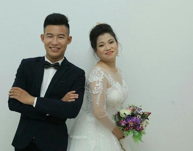 Chồng 20 lấy vợ 41 ở Hưng Yên: Gia đình bán 15 con chó tổ chức đám cưới cho con