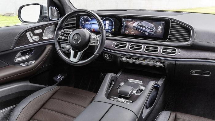 Mercedes-Benz GLE thế hệ mới có gì hấp dẫn để đấu BMW X5