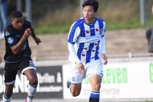 Văn Hậu kiến tạo thành bàn, Heerenveen có chiến thắng đậm ở giải trẻ