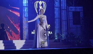 Hoàng Hạnh nhận huy chương thứ 3, nằm trong Top 5 bảng xếp hạng huy chương tại Miss Earth