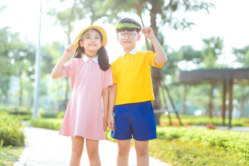 Cặp mẫu nhí nổi tiếng Hà Thành đáng yêu trong bộ ảnh Nobita và XuKa8