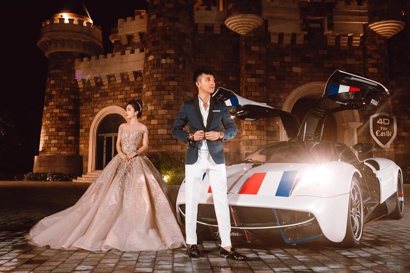 Vợ chồng đại gia Minh Nhựa khoe loạt ảnh xuất thần bên siêu xe