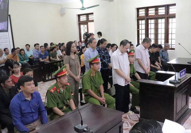 Ủy ban Kiểm tra T.Ư làm việc với vợ Chủ tịch tỉnh Hà Giang trước ngày tuyên án vụ gian lận điểm thi