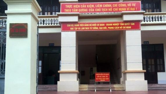Kỷ luật khiển trách vợ chủ tịch tỉnh Hà Giang nhắn tin nhờ nâng điểm thi