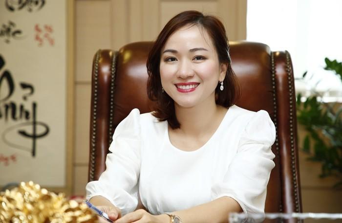 7 nữ CEO xinh đẹp, tài giỏi gánh vác cơ ngơi nghìn tỉ nhà đại gia Việt5