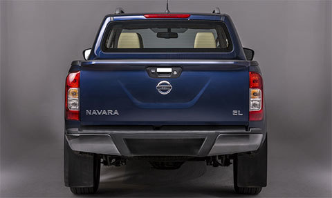 Nissan Navara EL A-IVI vừa ra mắt giá 679 triệu đồng, có gì hay2