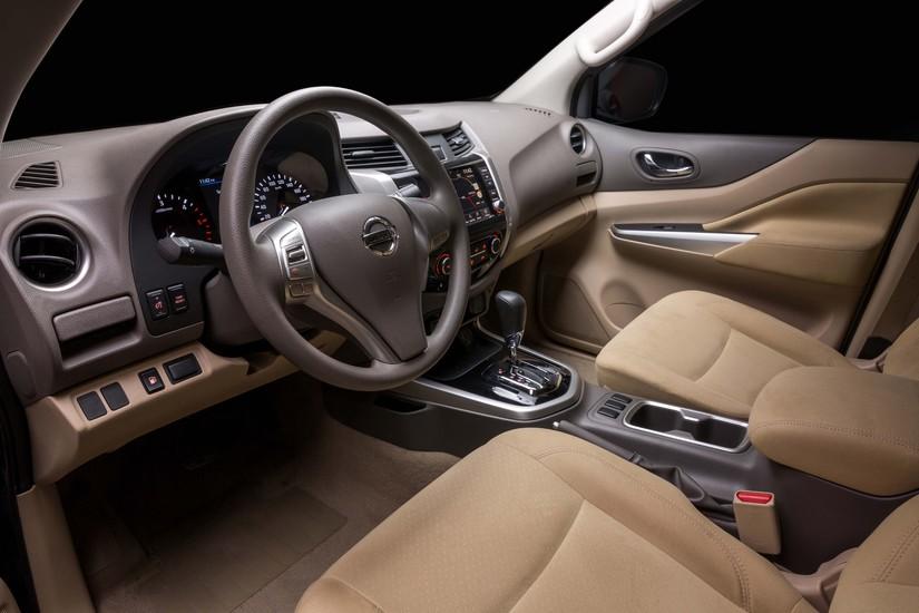 Nissan Navara EL A-IVI vừa ra mắt giá 679 triệu đồng, có gì hay3