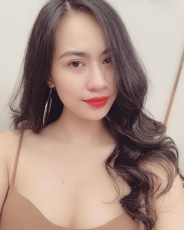 Quang Hải lên tiếng về chuyện đang hẹn hò hot girl 1m523