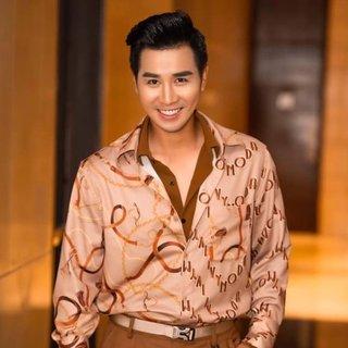 MC Nguyên Khang bị 'đào' lại phát ngôn 'sốc' sự cố MC đọc nhầm tên Hoa hậu Hoàn vũ