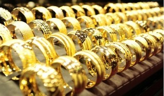 Giá vàng hôm nay 31/10: Quay đầu tăng mạnh
