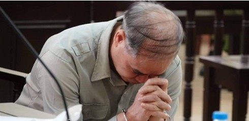 Cấm hành nghề, phạt tù cựu hiệu trưởng dâm ô nhiều nam sinh ở Phú Thọ
