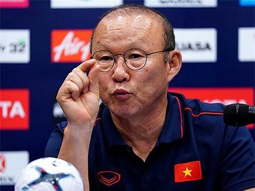 HLV Park Hang-seo cho rằng U22 Việt Nam gặp khó vì lịch thi đấu dày tại SEA Game 30.
