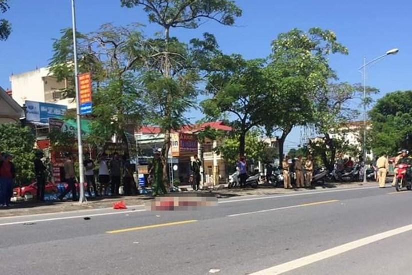 Người phụ nữ Nam Định mất mạng vì bước hụt khi xuống xe buýt
