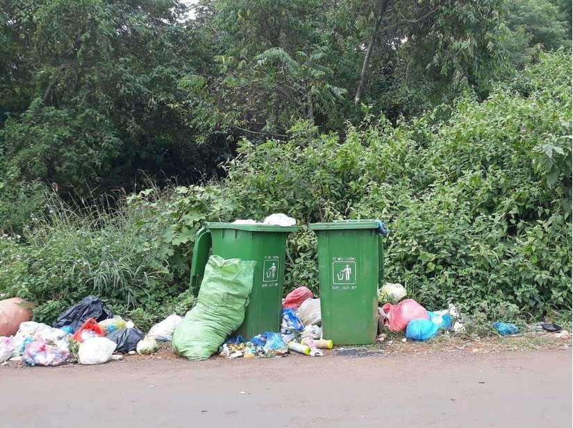 Lật tấm chăn trong thùng rác, người phụ nữ phát hiện thi thể bé sơ sinh