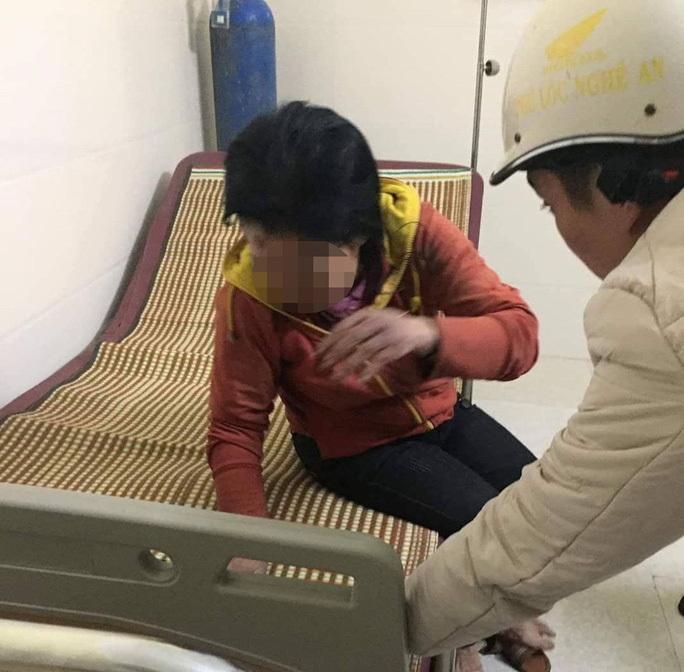 Nghi án người phụ nữ ở Nghệ An bị đánh đập bầm dập dẫn đến hoảng loạn