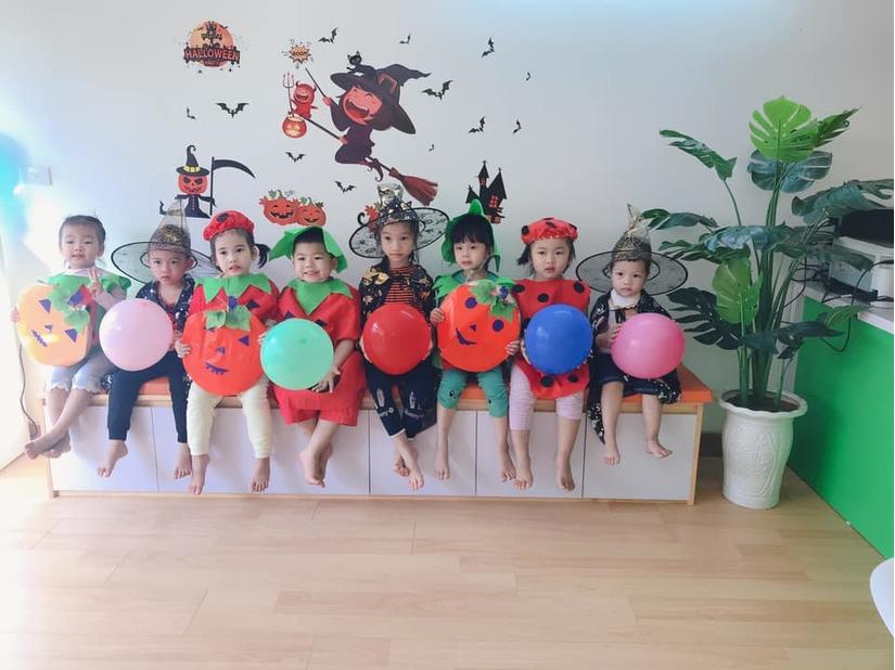 Loạt hình ảnh hóa trang siêu đáng yêu của các bé dịp Halloween 17