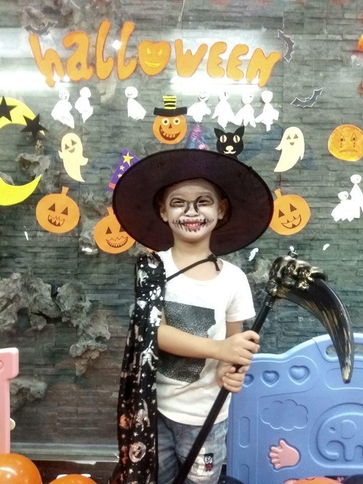 Loạt hình ảnh hóa trang siêu đáng yêu của các bé dịp Halloween 15