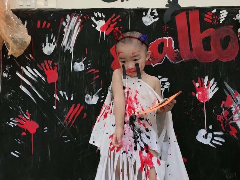 Loạt hình ảnh hóa trang siêu đáng yêu của các bé dịp Halloween 3