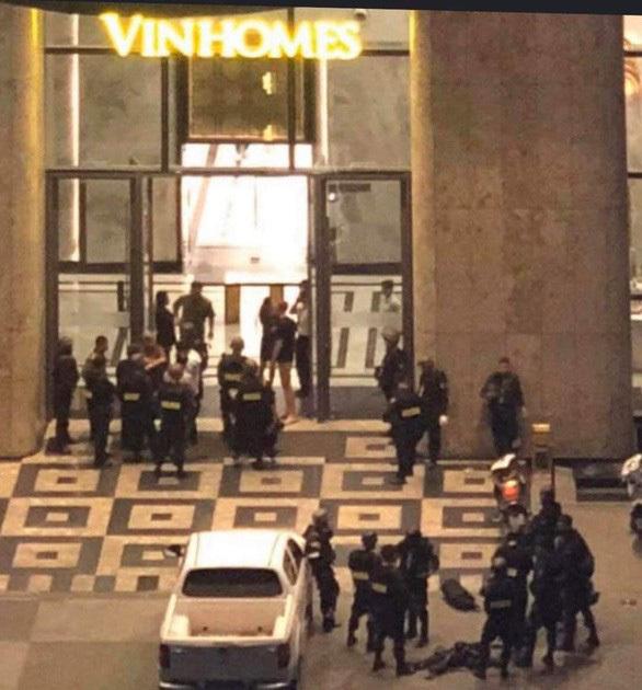 Dùng quả nổ giải cứu con tin trong tòa nhà Landmark 81