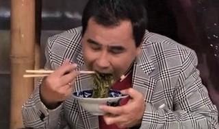 Sức khỏe chỉ còn 40%, MC Quyền Linh gây xúc động vì cảnh ăn uống giản dị